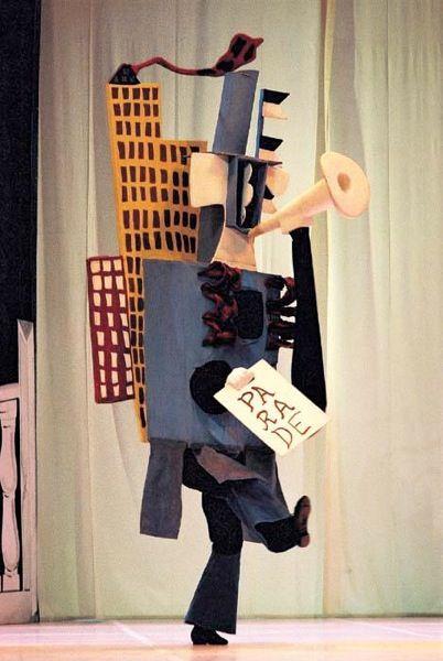 Figurino Ballet Parade
